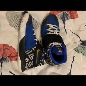 Nike size 6Y